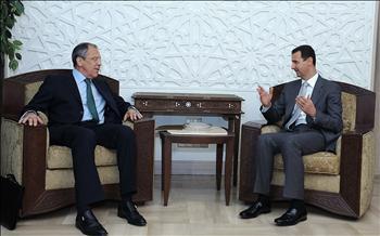 الأسد خلال لقائه لافروف في دمشق أمس
