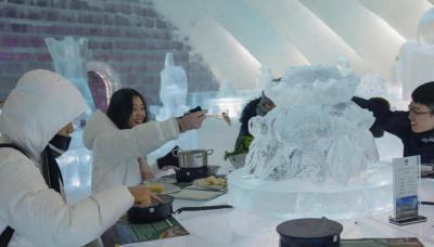 مطعم جليدي يجذب الزوار بـ'الطبق الساخن'