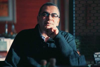 رحيل الكاتب المصري أحمد خالد توفيق