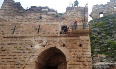 أعمال ترميم قلعة شيزر تشارف على الانتهاء