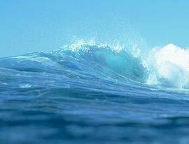 هبوب الأعاصير مرتبط بلون المحيط