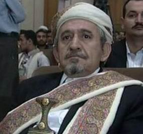 صادق الأحمر زعيم قبيلة حاشد